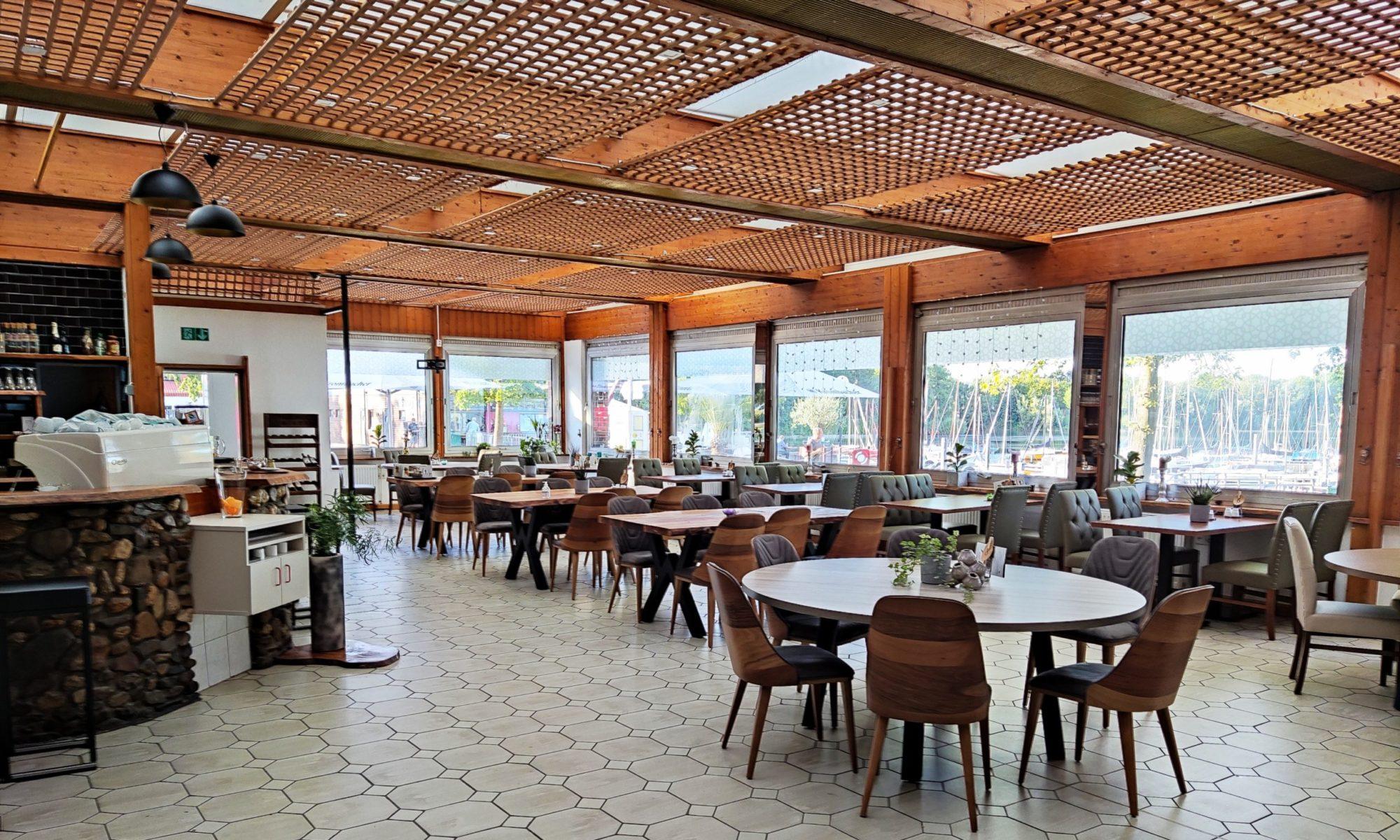 Hido Cafe & Restaurant